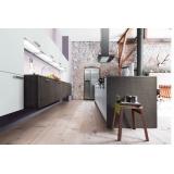 cozinha planejada branca e madeira preço Santo André